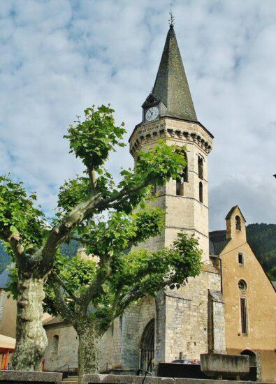 Iglesia románica de San Miguel en Vielha en Valle de Arán