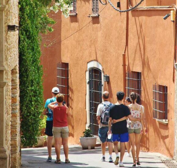 Rincón del centro histórico de Begur en Costa Brava Girona