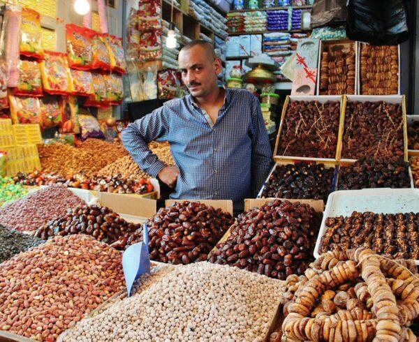 Tienda de frutos secos en la Medina de Tetuán