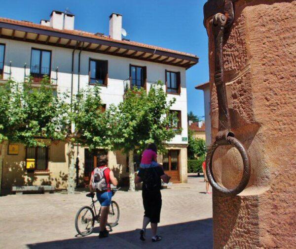 Argolla del Fuero en el antiguo ayuntamiento de Ezcaray en La Rioja