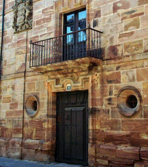 Palacio del Arzobispo Barroeta en Ezcaray en La Rioja
