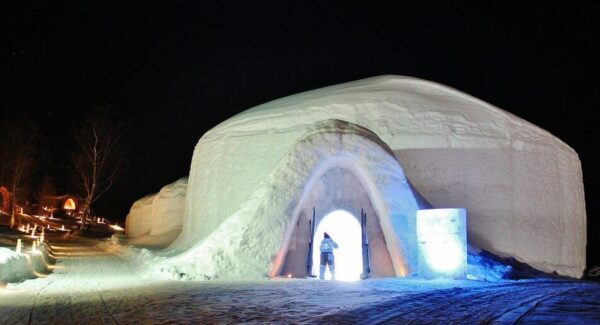 Snowhotel, hotel de hielo en Kirkenes al norte de Noruega