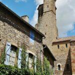 Iglesia de San Miguel en Cordes sur Ciel al sur de Francia