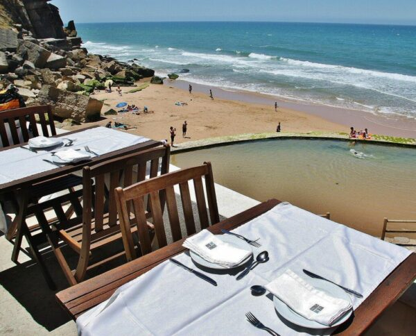 Restaurante en Azenhas do Mar cerca de Lisboa