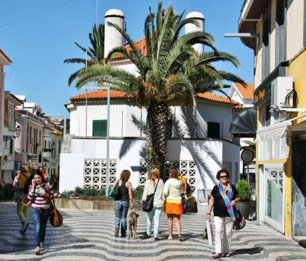 Centro urbano de Cascais cerca de Lisboa