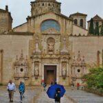 Puerta barroca de la iglesia del monasterio de Poblet