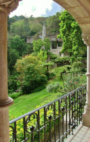 Jardines de la Quinta de Regaleira en la Sierra de Sintra