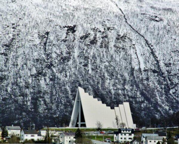 Catedral Artica de Tromso en Noruega
