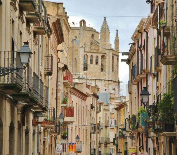 Calle Mayor de Montblanc en Tarragona