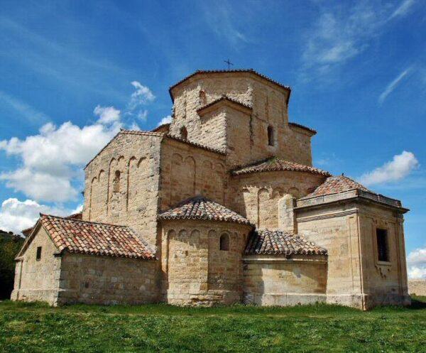 Ermita románica de Urueña en la provincia de Valladolid