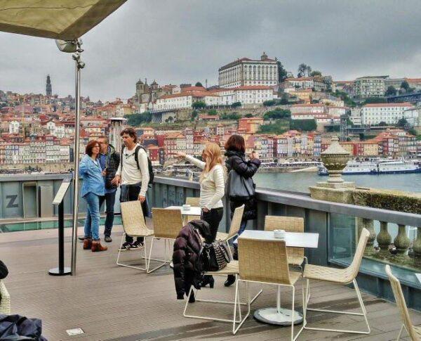 Mirador en una bodega de Oporto