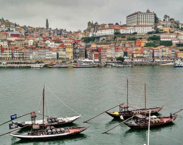 Vista de Oporto desde la zona de bodegas
