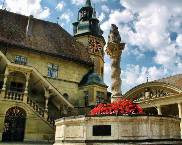Fuente de San Jorge en Friburgo en Suiza