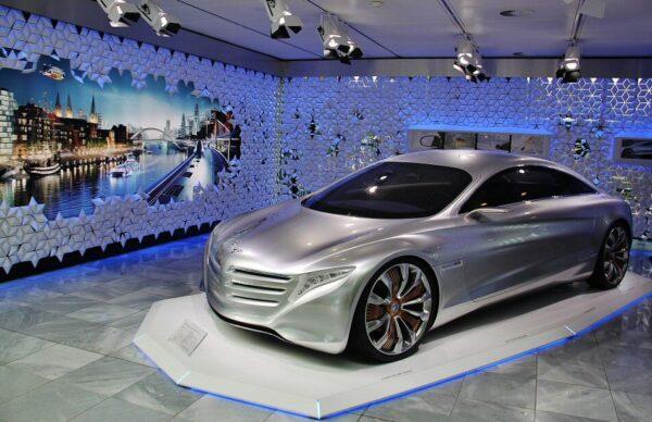 Visita de la factoría de Mercedes Benz en Bremen