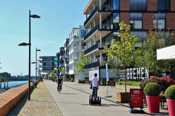 Nuevo barrio Ueberseestadt de Bremen en Alemania