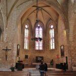 Iglesia de San Bartolomé en Lauzerte en Occitania al sur de Francia