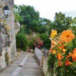 Jardín de los Peregrinos Lauzerte en Occitania al sur de Francia