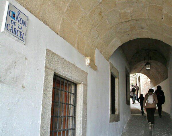 Cañón de la Cárcel en la plaza Mayor de Trujillo