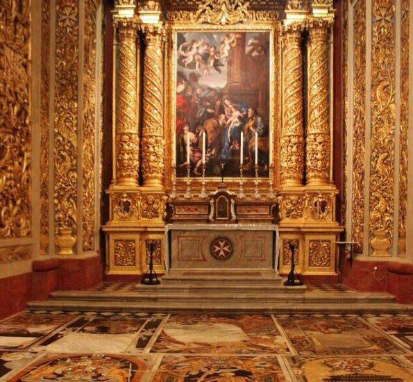 Capilla de la Concatedral de San Juan en La Valeta en Malta