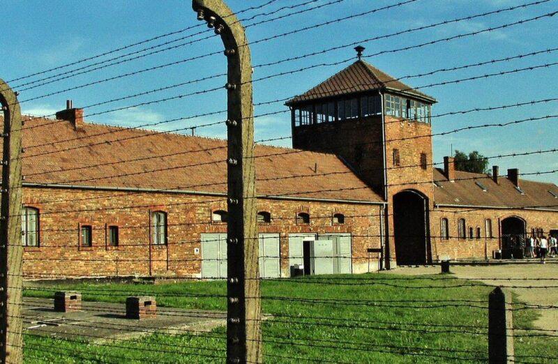 Memorial del antiguo campo de concentración Auschwitz II Birkenau en Polonia