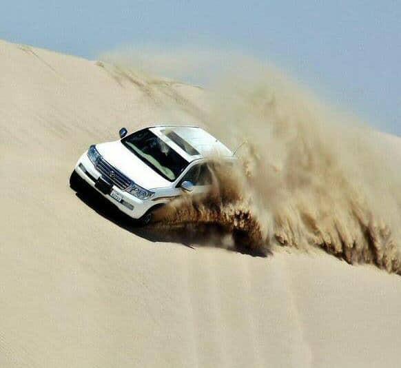 Excursión en 4x4 por el desierto de Doha en Qatar