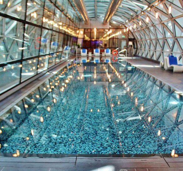 Piscina del aeropuerto Hamad en Doha