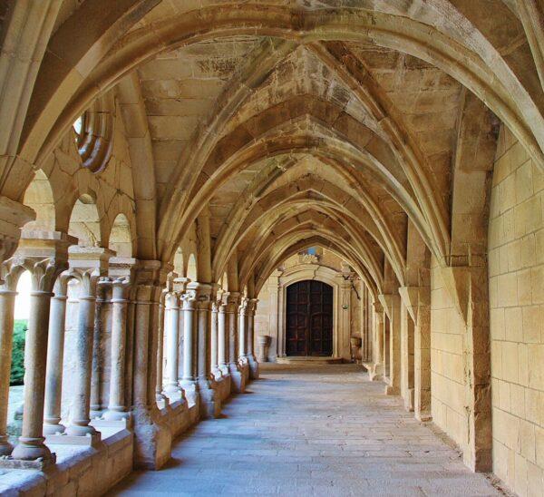 Claustro del monasterio Vallbona de las Monjas en Lleida