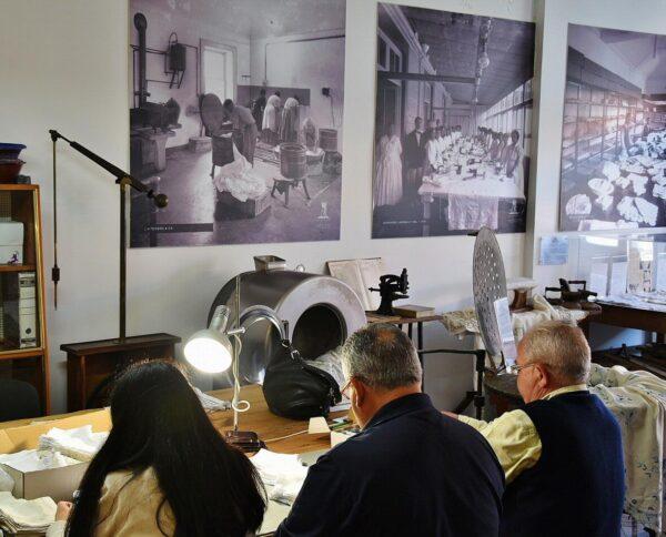 Fábrica de bordados de Madeira en Portugal