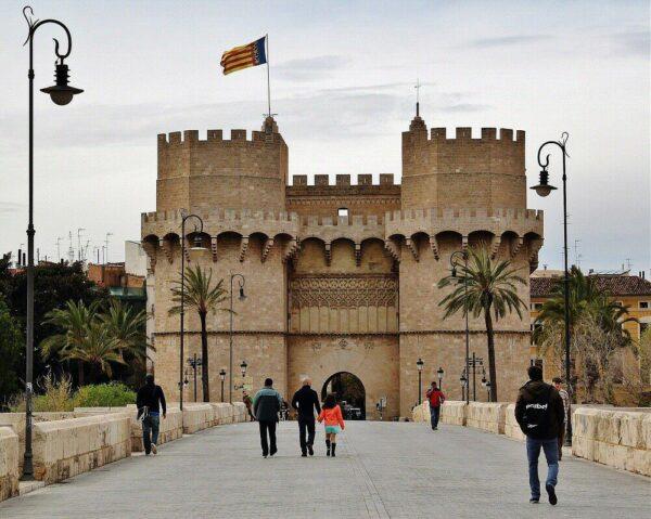 Torres de los Serranos en Valencia