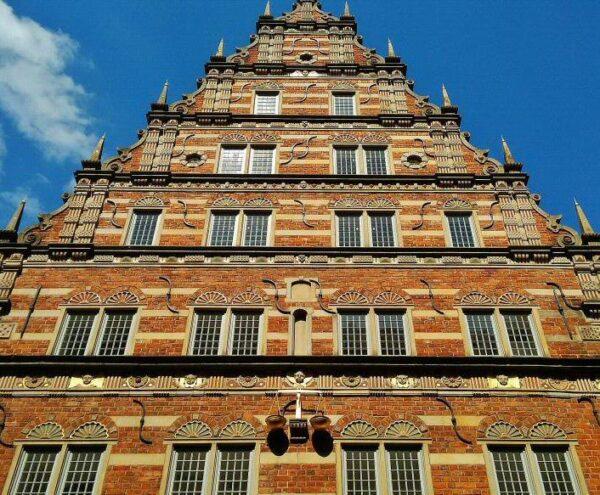 Fachada renacentista en edificio del centro histórico de Bremen