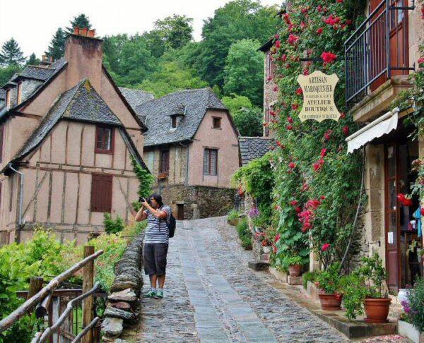 Rincón de Conques en Occitania al sur de Francia