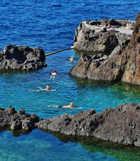 Piscinas naturales de Porto Moniz en Madeira
