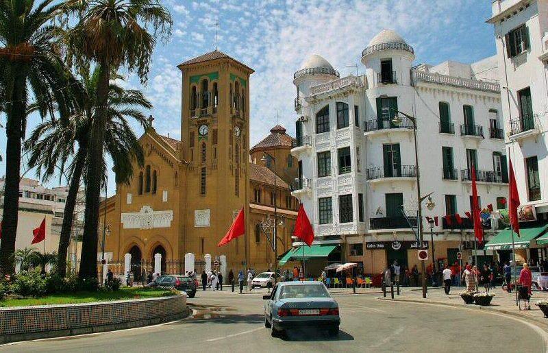 Plaza Moulay El Mehdi en el Ensanche Español en Tetuán