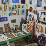Taller de artista en la medina de Hammamet en Túnez