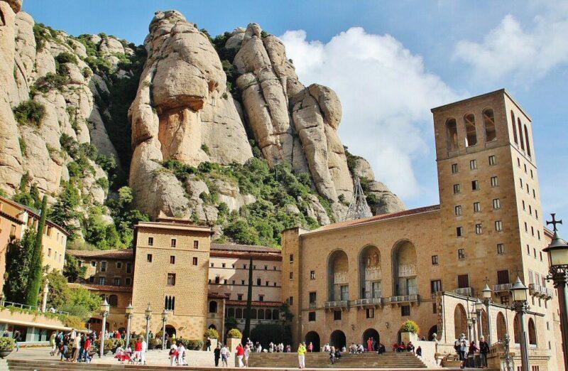 Monasterio de Montserrat cerca de Barcelona