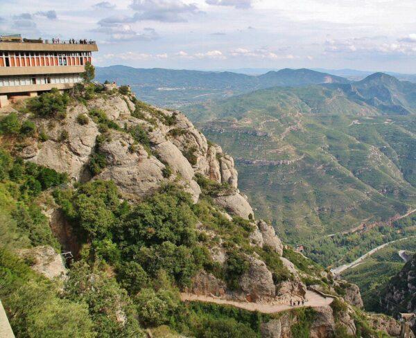 Vistas desde el Monasterio de Montserrat cerca de Barcelona