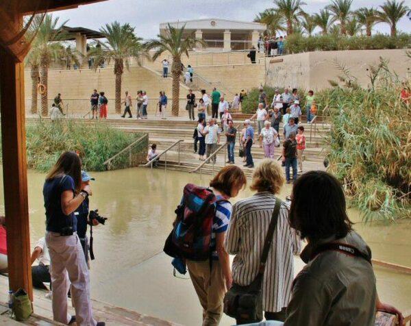 Betania, lugar del bautismo en el río Jordan en Jordania