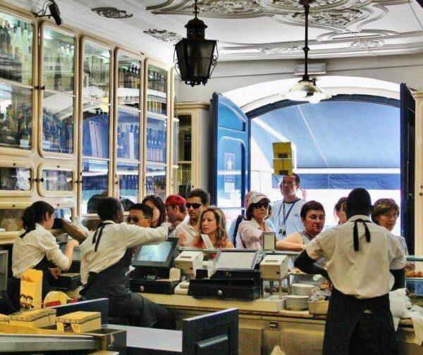 Antigua fábrica de los pastelitos de Belem cerca de Lisboa