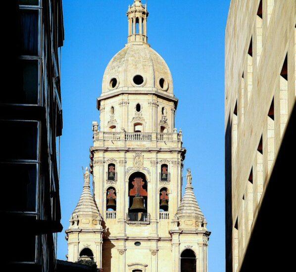 Torre renacentista de la catedral de Murcia