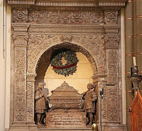 Sepulcro de Alfonso X en la Catedral de Murcia