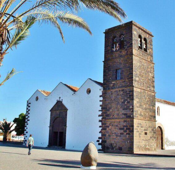 Iglesia de la Candelaria en La Oliva en Fuerteventura