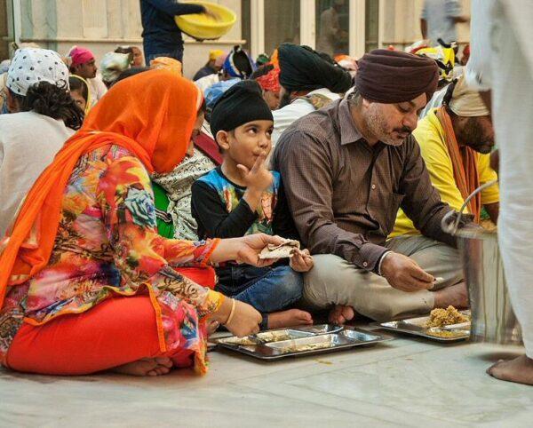 Comedor del Templo Sij en Delhi en la India @Foto: Carmen Teira