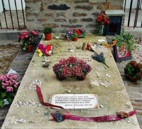 Tumba de Antonio Machado en Collioure en Perpiñán