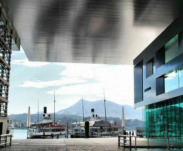 Centro de Cultura y Congresos de Lucerna en Suiza