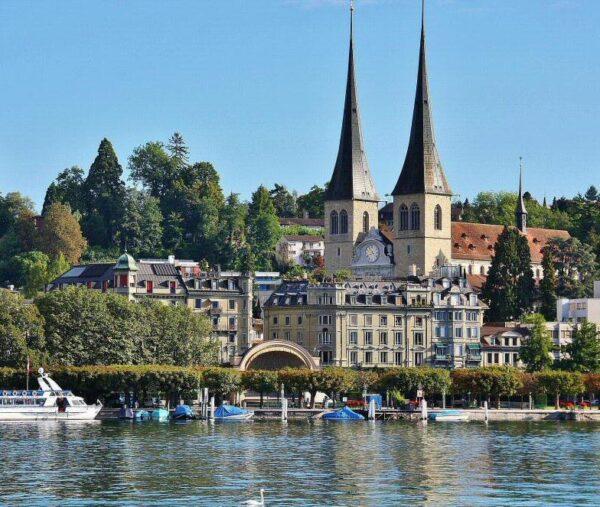 Catedral de Lucerna en Suiza