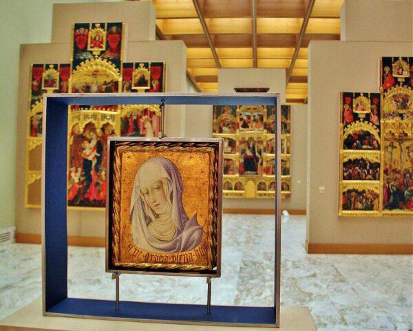 Pintura gótica en el museo de Bellas Artes de Valencia