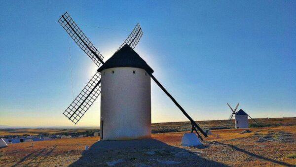 Molinos de viento en Campo de Criptana en Castilla-La Mancha