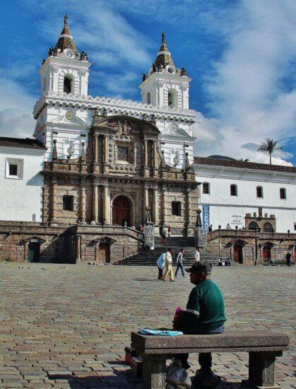 Iglesia de San Francisco en Quito en Ecuador