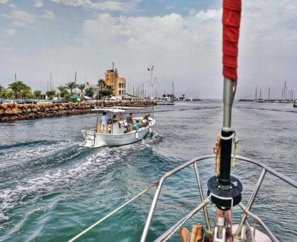 Paseo en velero por el Mar Menor en Murcia