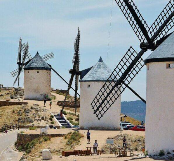 Molinos de viento en Consuegra en Castilla-La Mancha